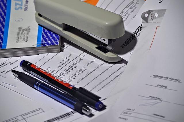 stapler-1016310_640
